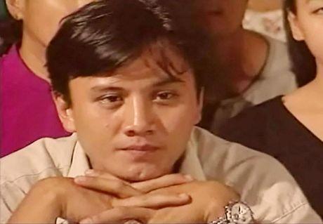 Le Cong Tuan Anh: 'Bach ma hoang tu' khien gioi tre 'chao dao' - Anh 1