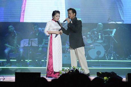 Anh Tho ne phuc Che Linh vi hon 70 tuoi van hat live qua tot - Anh 1