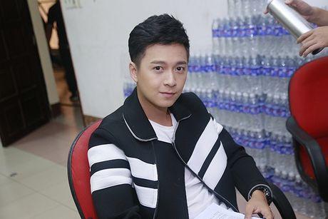 Ngo Kien Huy: Tran Thanh tung 'de dau, bop co' toi vi Hari Won - Anh 3