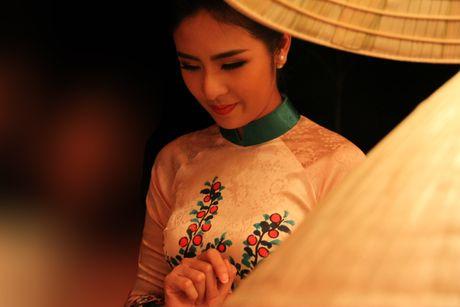 Ngoc Han gay chu y voi BST moi tai Festival Ao dai Ha Noi 2016 - Anh 2