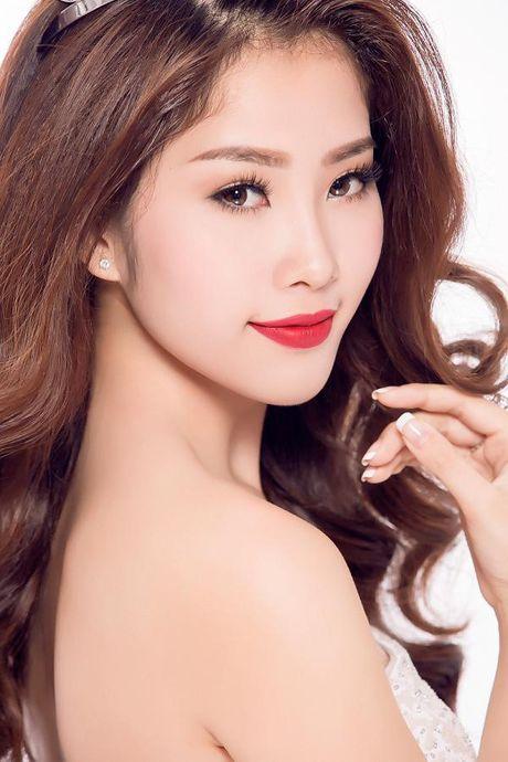 Ngam nhan sac nhung thi sinh 'dem chuong di danh xu nguoi' nam 2016 - Anh 1
