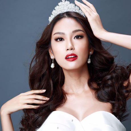 Ngam nhan sac nhung thi sinh 'dem chuong di danh xu nguoi' nam 2016 - Anh 6