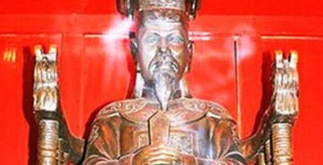 Vua Le Thanh Tong gap sieu trom va bai hoc ve su liem chinh - Anh 1