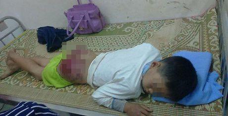 Bo danh con tua mau o Thai Nguyen: 'Toi cung thuong lam, nhung...' - Anh 1
