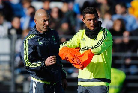 Cai tai cua Zidane: Hay bao duoc 'ong tre' Ronaldo - Anh 4