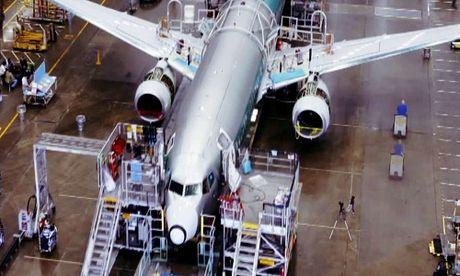 Day chuyen cho ra lo may bay Boeing 737 trong 9 ngay - Anh 1