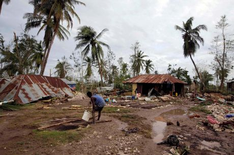 Chum anh: Haiti te liet, 339 nguoi chet vi sieu bao Matthew - Anh 3