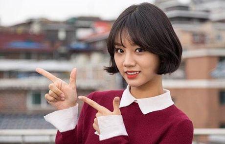De cu Korea Drama Awards: Choang vang khi Song Hye Kyo va dan sao W, Signal hoan toan vang bong - Anh 2