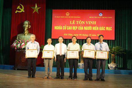 Nam Dinh: Ton vinh nhung nguoi hien giac mac - Noi dai yeu thuong, noi dai su song - Anh 2