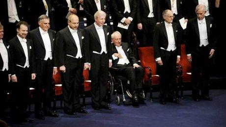 Do xa hoa khong tuong trong tiec chieu dai Nobel - Anh 18