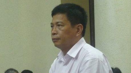 Tam dinh chi an tu nguyen TGD PMU 18 Bui Tien Dung - Anh 1