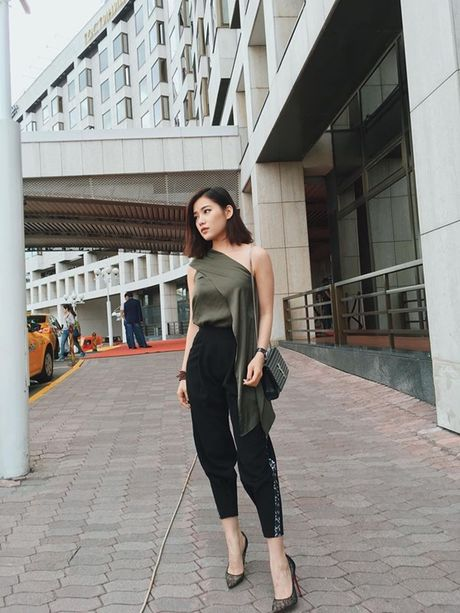 Ban gai tin don cua Tien Dat: Xinh dep, giau co va biet 4 thu tieng! - Anh 8