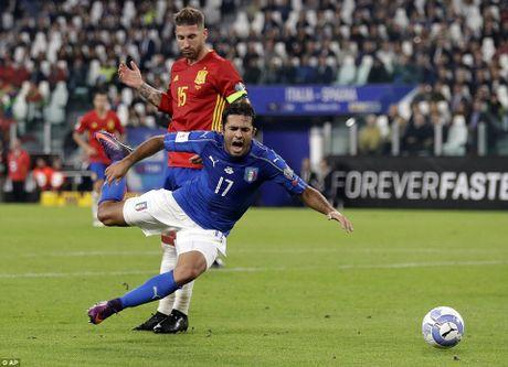 Buffon mac sai lam, Italy may man khong thua Tay Ban Nha - Anh 10