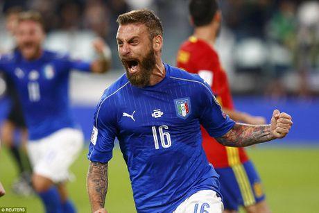 Buffon mac sai lam, Italy may man khong thua Tay Ban Nha - Anh 11