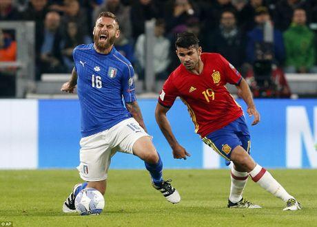 Buffon mac sai lam, Italy may man khong thua Tay Ban Nha - Anh 3