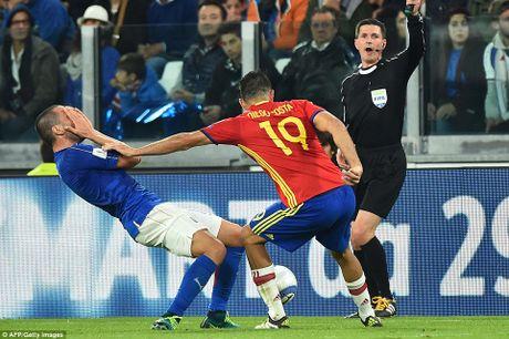 Buffon mac sai lam, Italy may man khong thua Tay Ban Nha - Anh 8