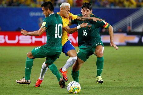 Mau chay dam dia tren guong mat Neymar - Anh 1