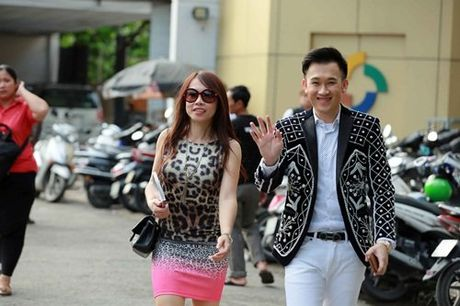 Em gai ruot it biet cua danh hai Hoai Linh lan dau lo dien - Anh 2