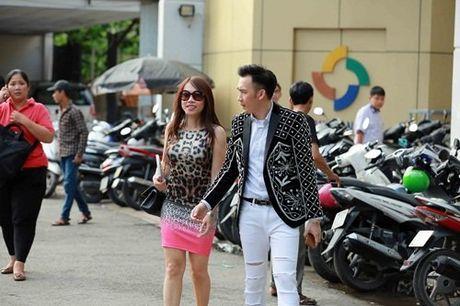 Em gai ruot it biet cua danh hai Hoai Linh lan dau lo dien - Anh 3