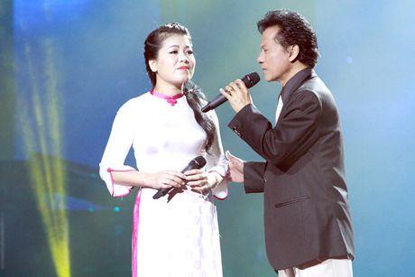 Anh Tho hoi ngo Che Linh hat bolero - Anh 1