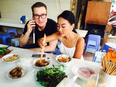 """""""Soi"""" nhat cu nhat dong cua sao Viet (6/10) - Anh 1"""