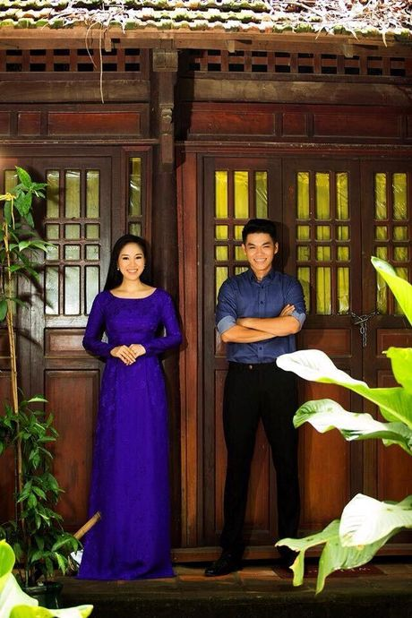Le Phuong lan dau cong khai ban trai kem tuoi, hoi hop cho ngay len xe hoa - Anh 1