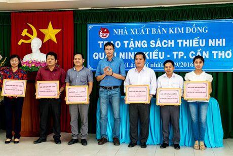 NXB Kim Dong trao tang sach thieu nhi tai Ninh Kieu, Can Tho - Anh 1