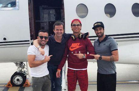 HAU TRUONG (8.10): Ronaldo 'day khon' Pelle, Rooney bi to tron thue - Anh 7