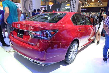 Can canh xe sang loi thue Lexus GS200t 2016 o VMS 2016 - Anh 10