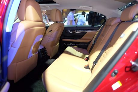 Can canh xe sang loi thue Lexus GS200t 2016 o VMS 2016 - Anh 8