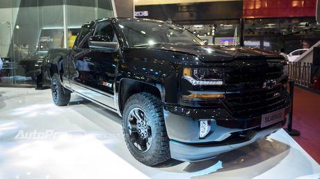 Chi tiet tu trong ra ngoai cua 'khung long' Chevrolet Silverado - Anh 1