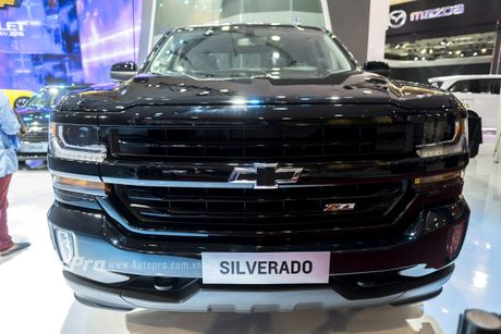 Chi tiet tu trong ra ngoai cua 'khung long' Chevrolet Silverado - Anh 3