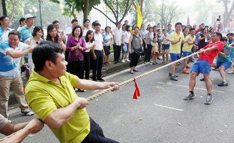 Hap dan so tai tai Hoi khoe can bo, cong chuc cac co quan Dang Thanh uy Ha Noi - Anh 2