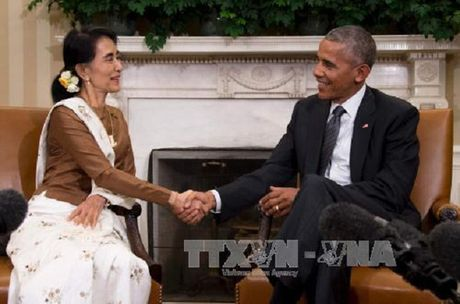 My go bo lenh trung phat kinh te doi voi Myanmar - Anh 1