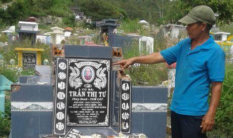 Nha Trang, Khanh Hoa: 4 thang, chua lam ro duoc vu dap pha mo ma - Anh 1