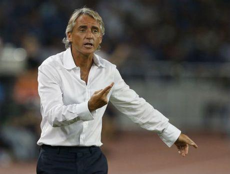 "HLV tuyen Anh: ""Hut"" Wenger, FA tiep can Mancini - Anh 1"