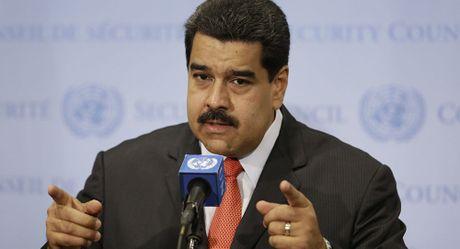 Tong thong Venezuela muon trao tang ong Putin giai thuong hoa binh - Anh 1