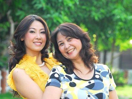 Cam phuc nhung nguoi me ngheo kho ma vo cung kien cuong cua Hoa hau Viet - Anh 3