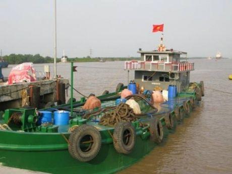 No luc chong buon lau xang dau tren vung bien Dong Bac - Anh 2