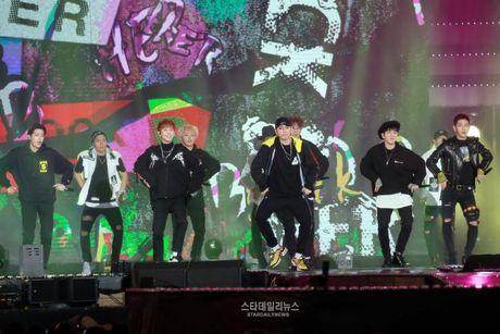 Khong the bo qua 'bua tiec am nhac' cua dan sao Kpop tai DMC Festival - Anh 21