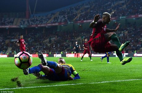 Ronaldo ghi 4 ban trong chien thang 6 sao cua Bo Dao Nha - Anh 4