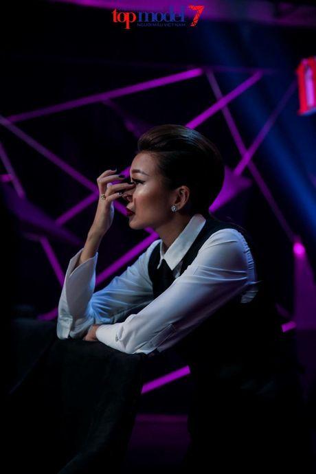 Vietnam's Next Top Model nam nay co mot host Thanh Hang qua tuyet voi! - Anh 18