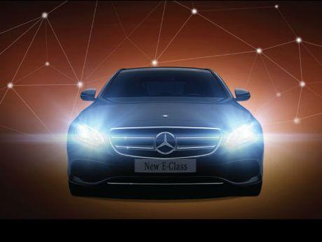 Mercedes-Benz E-Class 2017 chot ngay ra mat tai Viet Nam - Anh 1