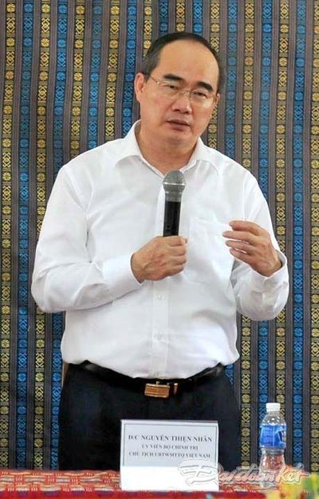 Chu tich Nguyen Thien Nhan va Doan cong tac tham lang det tho cam - Anh 3