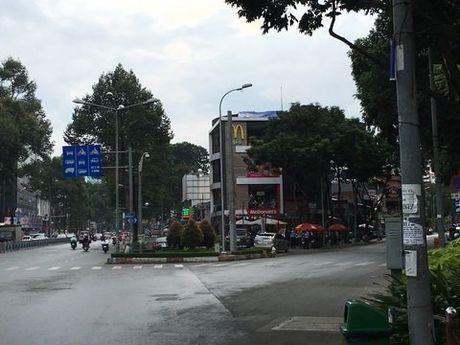 Cuoc doi Cam Nhung truot dai sau vu danh ghen rung dong Sai Gon - Anh 1