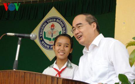 Ong Nguyen Thien Nhan: Nguoi Cham phai biet doc chu Cham - Anh 1