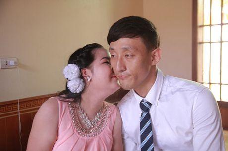 Chuyen tinh dep cua cap doi gai Viet trai Han cam diec bam sinh - Anh 2