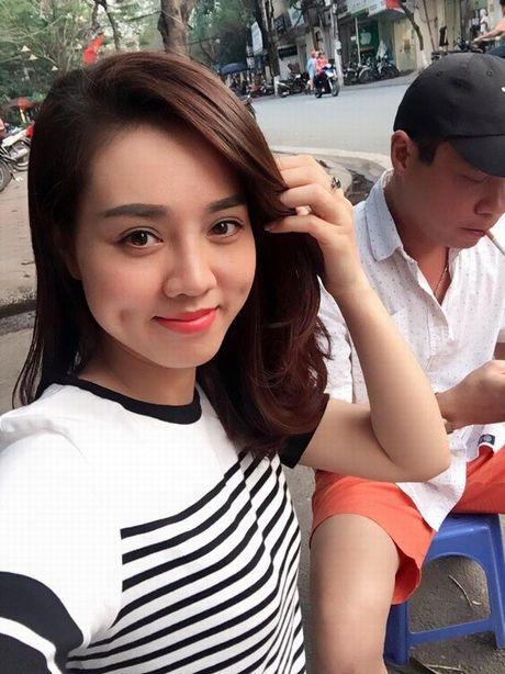 Cac hotgirl phai chao thua nhan sac 'ban gai' moi Cong Ly - Anh 4