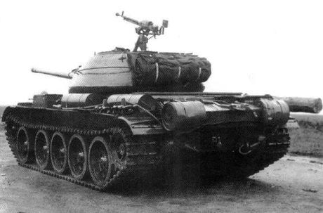 Loat anh hiem thu nghiem phien ban T-54 dau tien - Anh 2