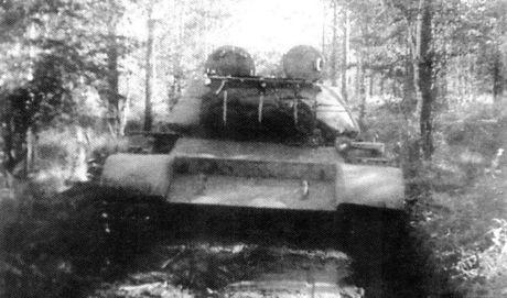 Loat anh hiem thu nghiem phien ban T-54 dau tien - Anh 9
